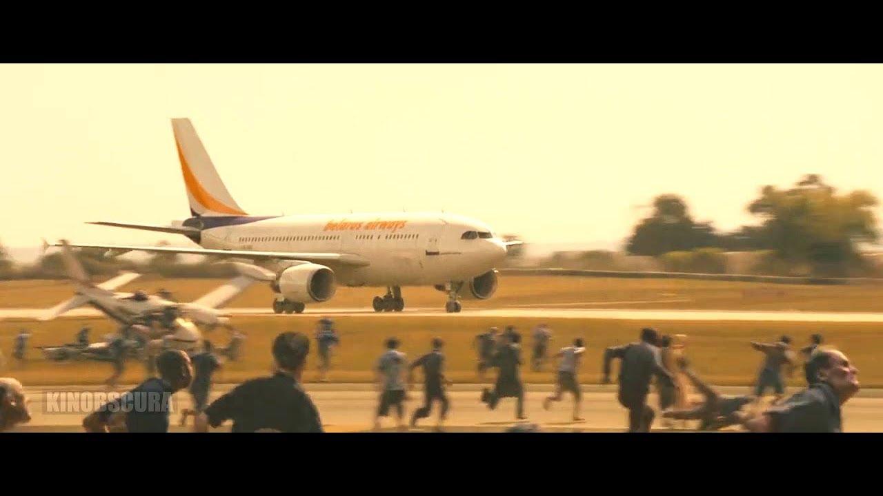 Download World War Z (2013) - Zombies Headed towards Airport