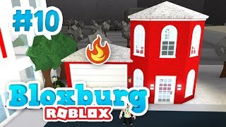 BUILDING A FIRE STATION - Roblox Welcome to Bloxburg #10