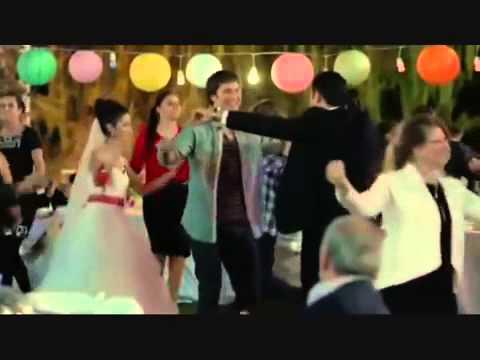 Hazal Kaya vs Cagatay Ulusoy   Dance