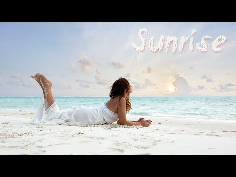 Sunrise, следы на песке...     Sunrise footprints in the sand...