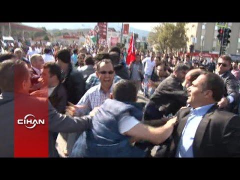 Kobani protestosunda linç girişimi güçlükle önlendi; 10 polis yaralı