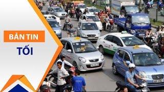 Đòi vỉa hè, lòng đường: Tài xế taxi… 'lên mây'? | VTC
