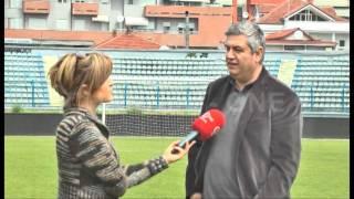 """Gambar cover Ky është vendi im- Stadiumi """"Qemal Stafa"""", nga Edjona Dervishi"""