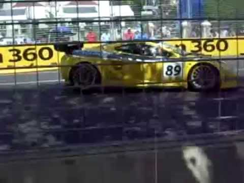 Clipsal 500 Saturday 2010 - Australian GT Championship Race 2.wmv