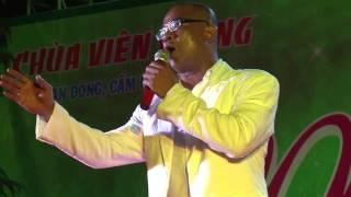 Ông Tây hát tiếng Việt cực xúc động