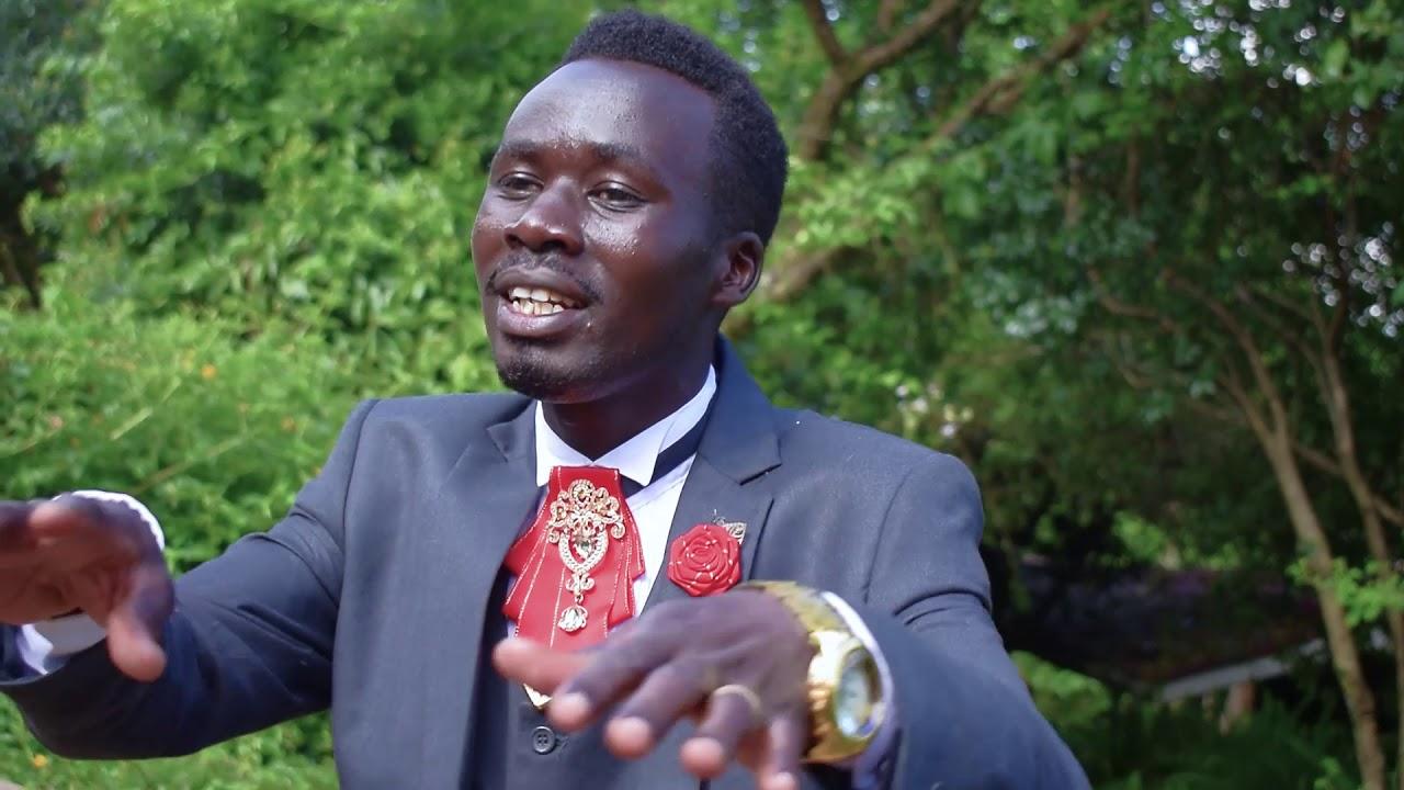 Defending Boston Marathon champions Geoffrey Mutai