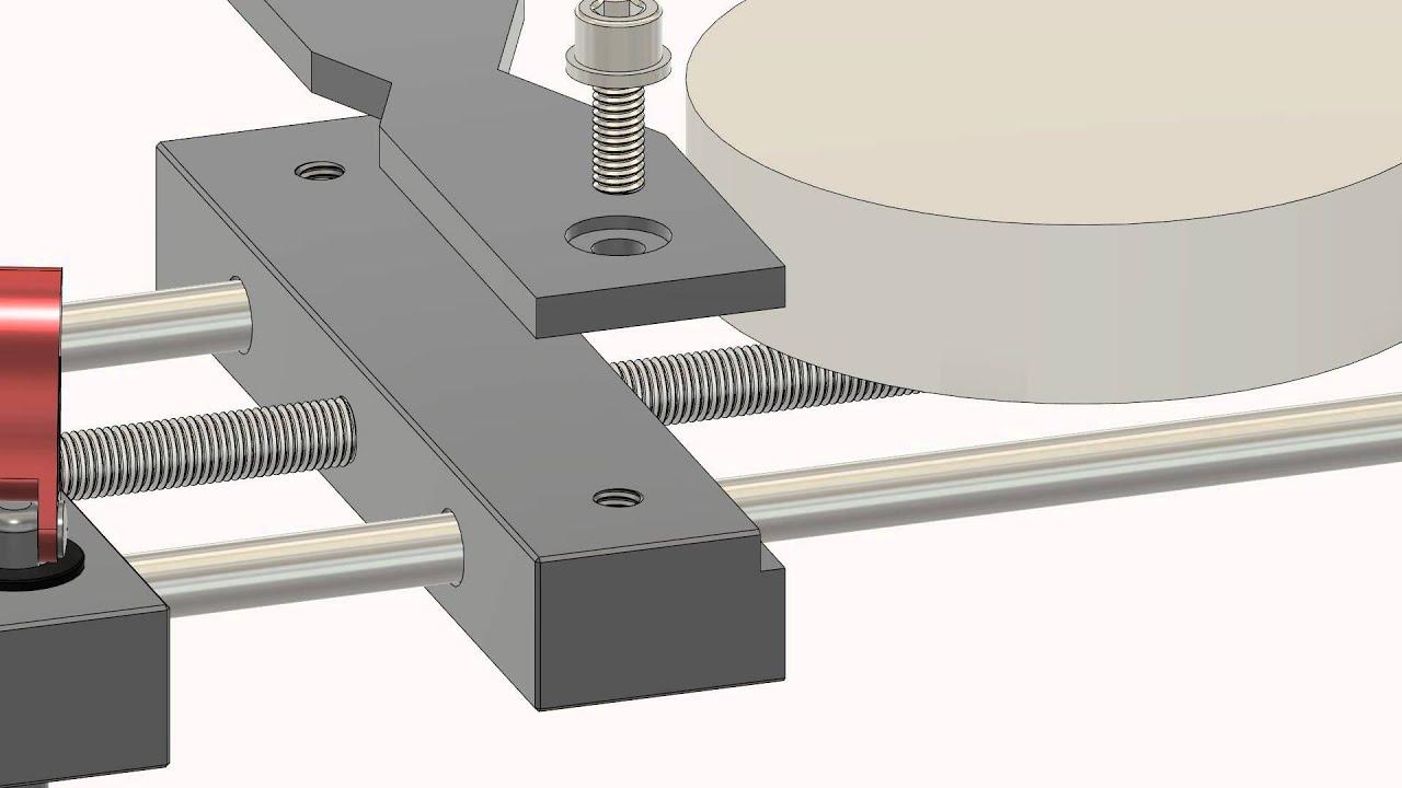 Low profile, self centering CNC Vise