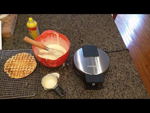 Cuisinart WMR-CA Round Classic Waffle Maker – 5 star rating!