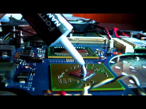 Applying Thermal Paste To Laptop CPU