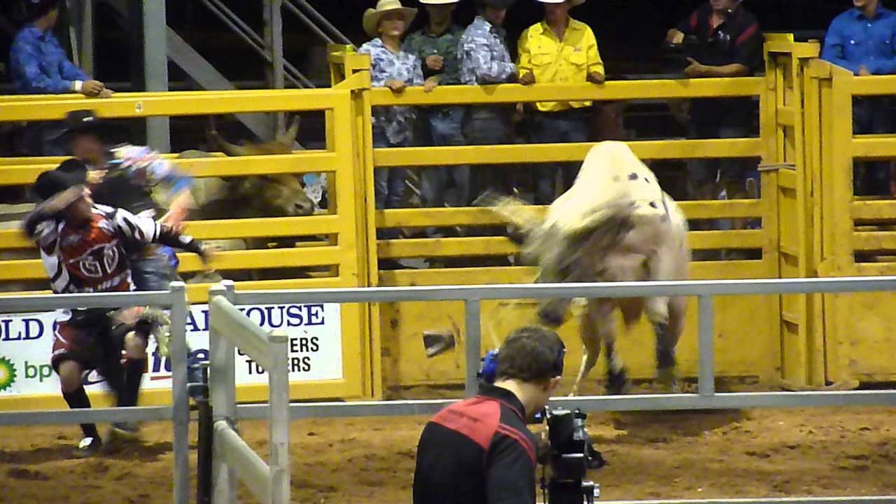 Charters Towers Rodeo New Years Eve 2013 Part 2 Youtube