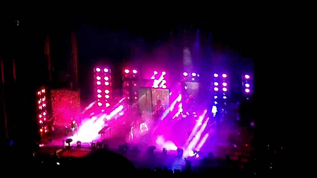 Nine Inch Nails live 7/22/14 Red Rocks Rocks Amphitheatre Morrison ...