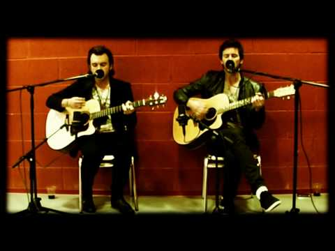 EXPATRIATE - Daniel (Bat For Lashes cover - FD Acoustic session)