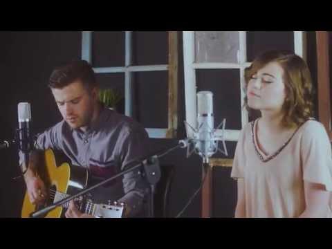 "Evan Craft & Kim Richards - ""Mi Hogar"" (version acústica)"