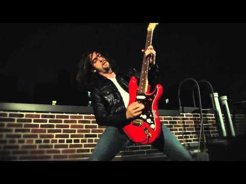 Huellas Invisibles - Por Un Segundo (Aventura) (Video Clip Oficial)