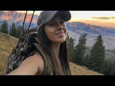 SCREAMING BULL ELK! | Bow Hunting Elk