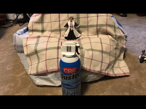 Tutorial: Cleaning Figures with Dust Remover Spray