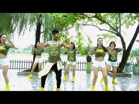 Lagi Syantik Zumba | Siti Badriah | Zumba® Video | Dance Cover | Indo Pop | Zumba Fitness