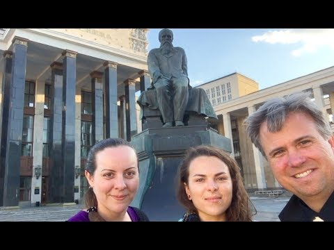 Kiwi In Moscow (HD) - Episode 2: Russia Remembers World War II. Hosted by Suzie Dawson