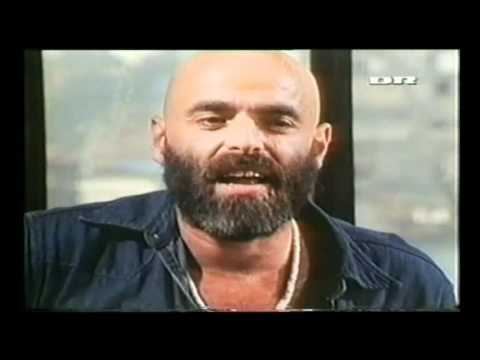 Shel Silverstein introducing the group Dr Hook - From Shel´s Houseboat
