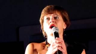 Liza Sobkovsky Ton Côté Du Lit
