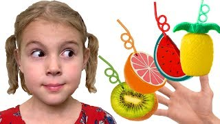 Mania makes Fruit Smoothies | Color Song Nursery Rhymes - Youtube