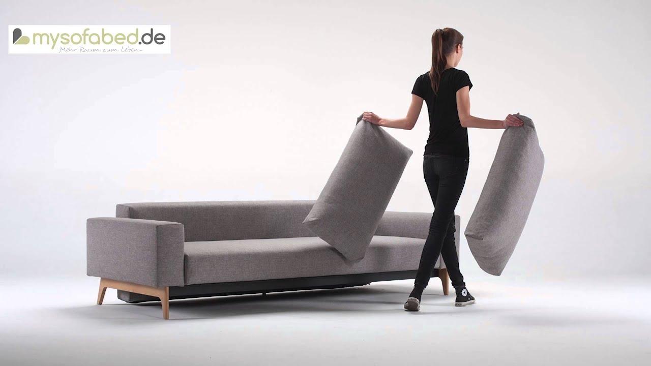 Schlafsofa designermöbel  IDUN Wood Schlafsofa mit Armlehnen und Holzbeinen von Innovation ...