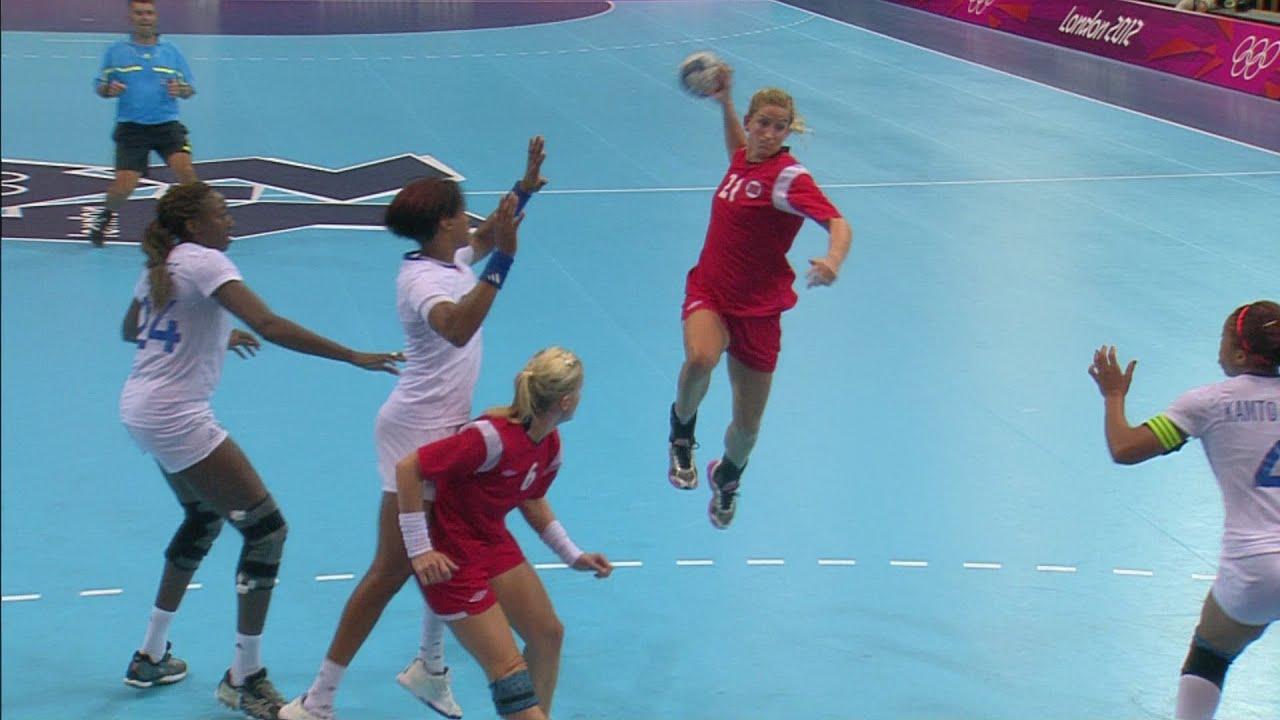 Women's Handball Group B Match - Norway v France | London 2012 Olympics
