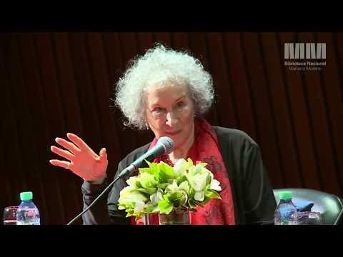 Margaret Atwood en la Biblioteca Nacional