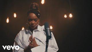 Смотреть клип Yemi Alade - Cia