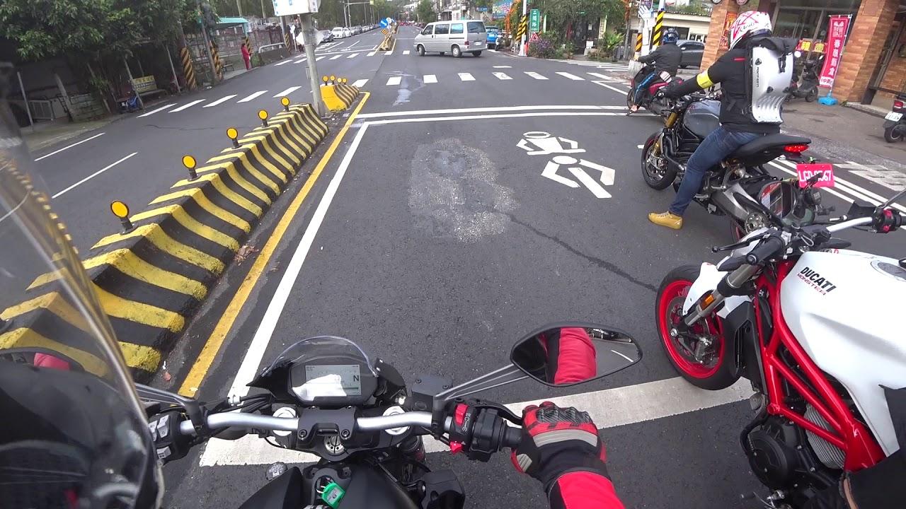 Ducati Monster 821初體驗(新車1000公里內訓車中) - YouTube