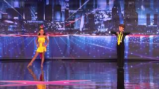 Crazy FROG Dance on Talent show. Must SEE.mp4(15)