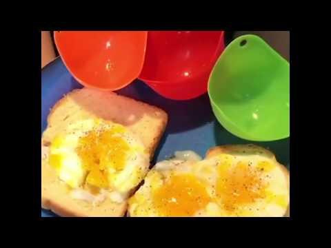 the-perfect-silicone-egg-poacher
