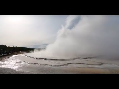 [WORLD'S LARGEST!!! YELLOWSTONE GEYSER | HOT SPRINGS | SUPER VOLCANO  & WATERFALLS]