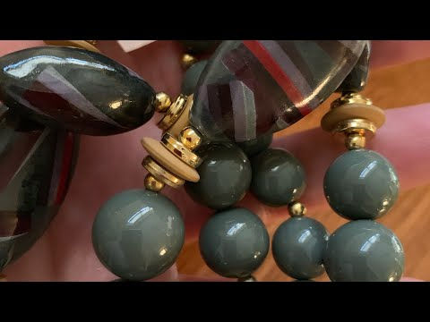 Vintage jewelry on bagging jewelry haul number 64