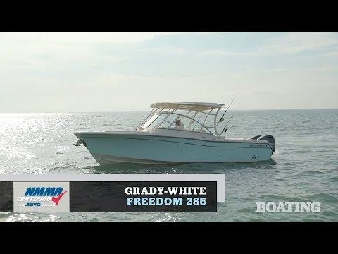 Boat Buyers Guide: 2020 Grady-White Freedom 285