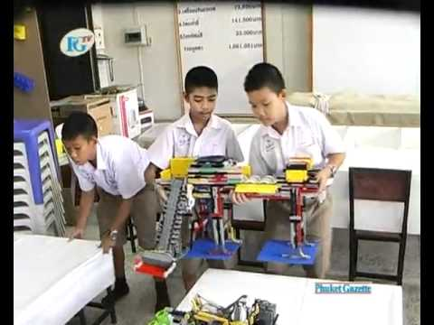 Students win lego robot competition.