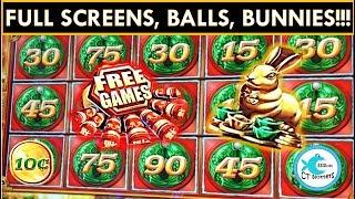 ★BALLS AND BUNNIES EVERYWHERE!★ MIGHTY CASH SLOT MACHINE - BIG WINS!