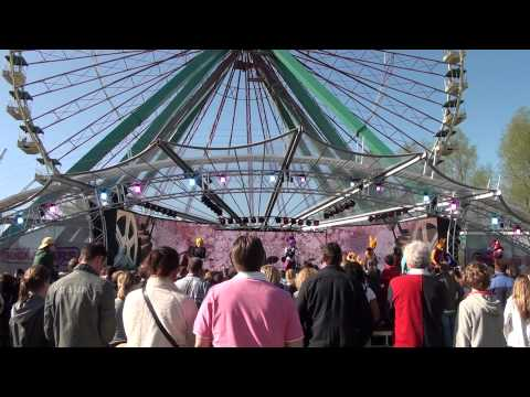 Walibi Holland - Rockstars: The Battle HD (FIRST EVER SHOW!)