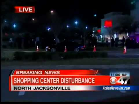 5 people arrested in melee at River City Marketplace Action News   Jacksonville News, Weather & Spor