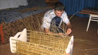 Колыбель своими руками(Быльца - тонкое ДСП, оббитое тканью. Под тканью паралон. Каркас - бамбуковые палки. Ивовый прутнарезал сикато..., 2015-01-05T17:07:00.000Z)