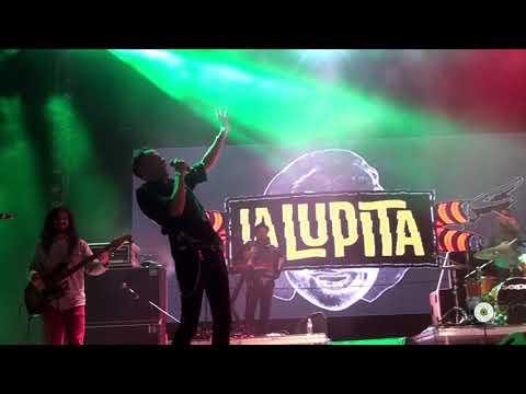 La Lupita  -  Contrabando y traición  |  Festival Revolución 2015