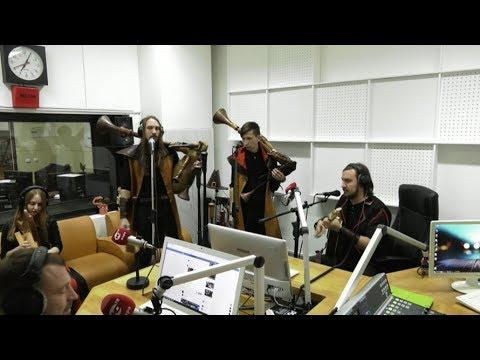 Смотреть клип Средневековая музыка накрыла югорских радиоведущих онлайн бесплатно в качестве