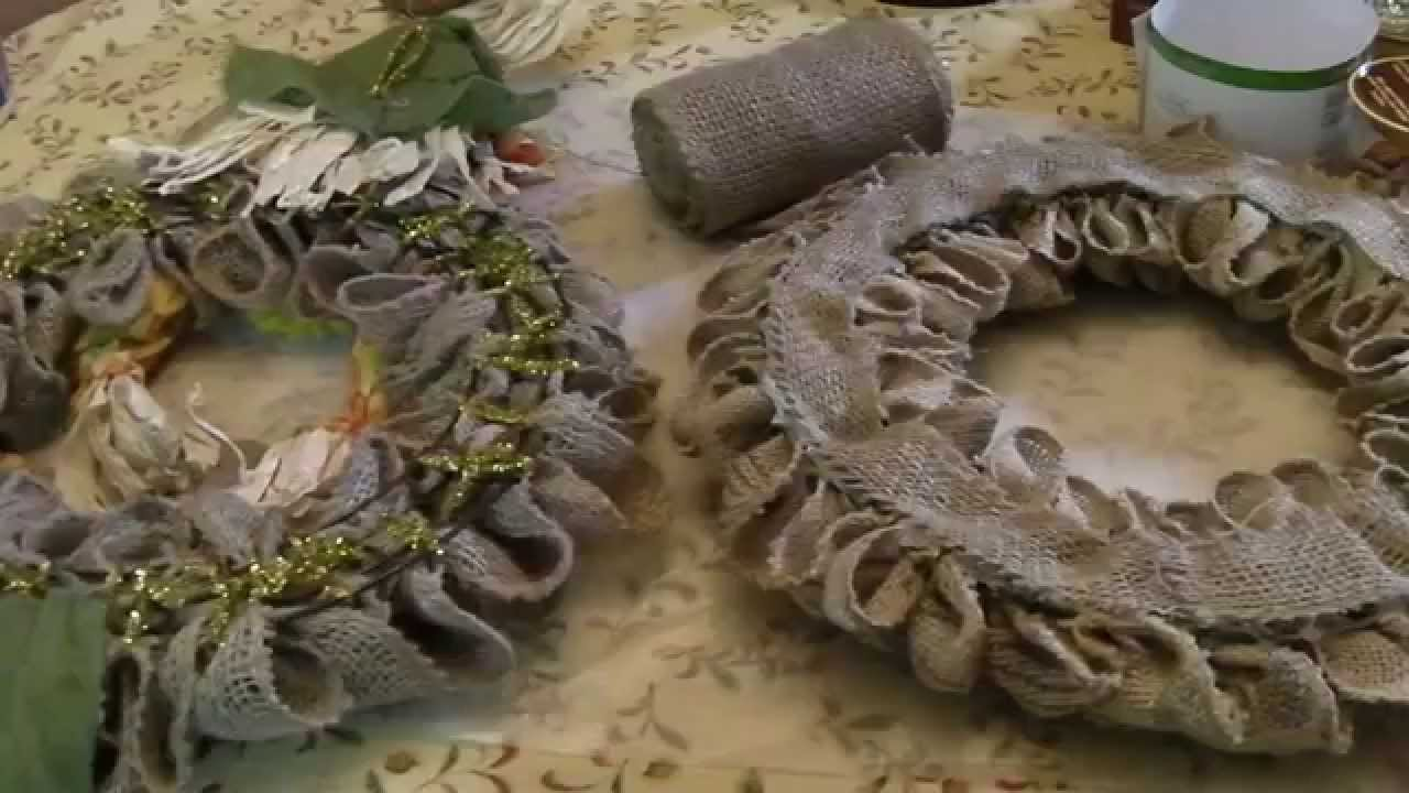 How To Finish The Back Side Of Your Burlap Wreath Youtube
