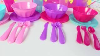 Cocina de Juguete Jugando con Comidita Falsa Kitchen Toy Playset Mundo de Juguetes thumbnail