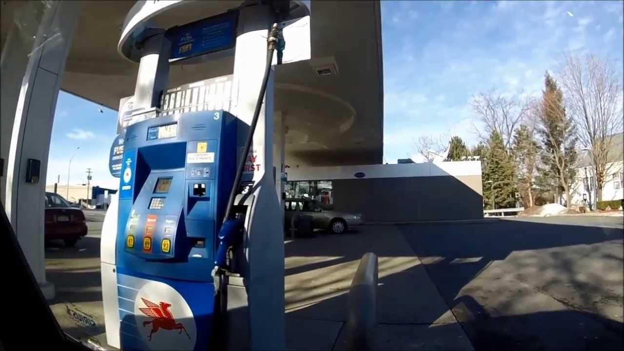 カード デビット ガソリン スタンド