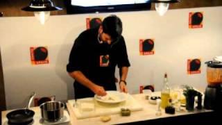 Салат c креветками в кляре и омлетом с оливками, часть2