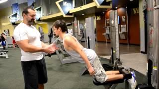 видео упражнения для бицепса бедра