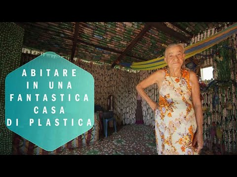 una casa di bottiglie l 39 incredibile storia di mar a youtube