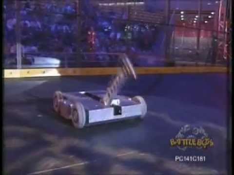 Son of Smashy VS Deadblow Grant Imahara, Battlebots 1999 Long Beach MegaBot Middleweight Round 2