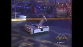 Son of Smashy VS Deadblow (Grant Imahara), Battlebots 1999 Long Beach MegaBot (Middleweight) Round 2